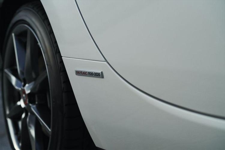 Mazda MX-5 edición especial emblemas