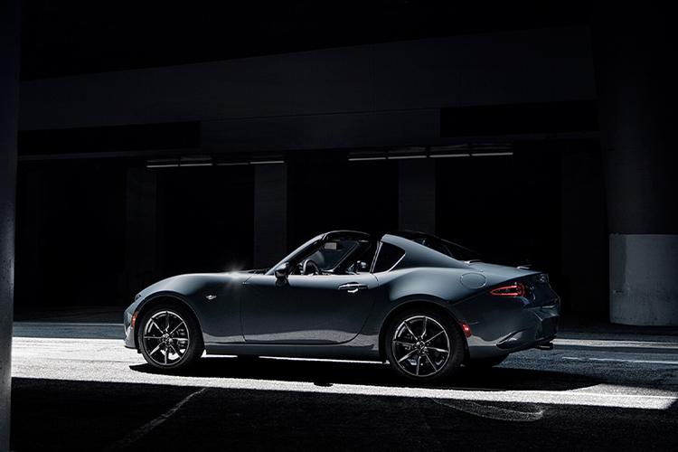Mazda Polymetal Gray nuevo color exclusivo Mazda disponible en México