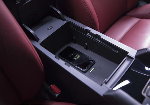 nuevo color exclusivo Mazda precio disponibilidad