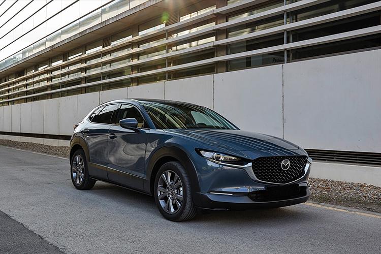 Mazda Polymetal Gray nuevo color exclusivo Mazda