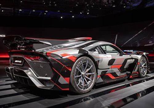 strena dos modelos, incluyendo con motor V8 batería potencia motor peso