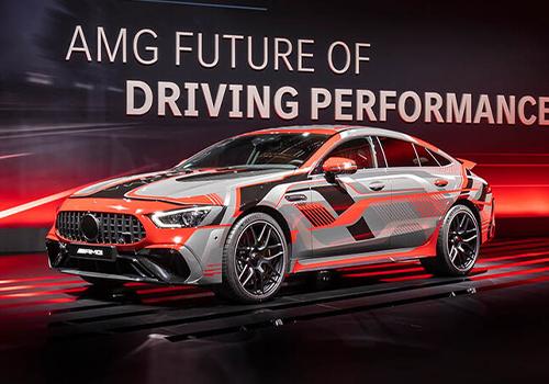 estrena dos modelos, incluyendo con motor V8 potencia variantes hibridos innovaciones