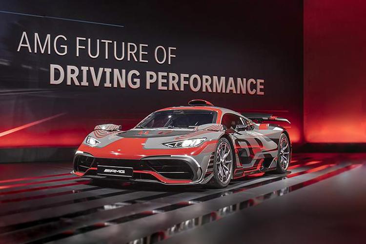 Mercedes-AMG estrena dos modelos, incluyendo con motor V8 potencia variantess