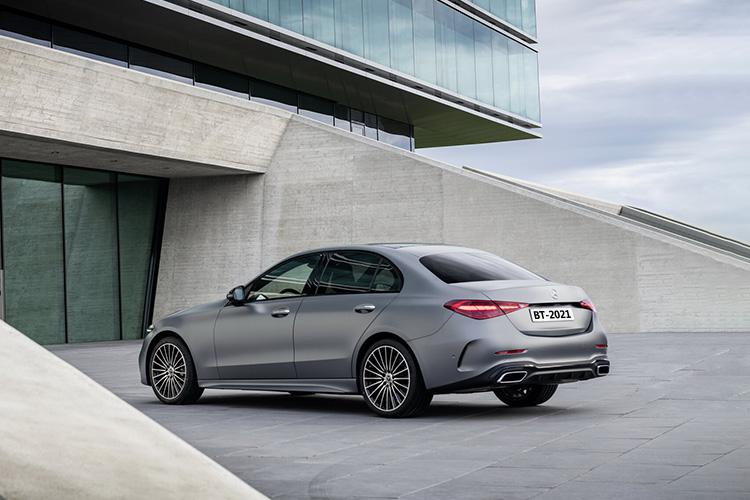 Mercedes-Benz Clase C rediseño y más tecnológico carrocería opciones de motor