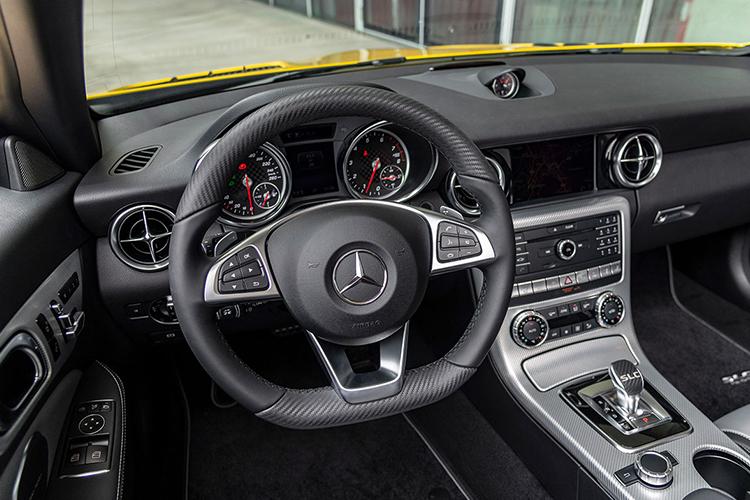Mercedes SLC final edition tablero