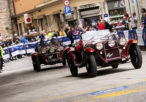 1000 Miglia velocidad competencia carrera celebracion anual marcas italianas