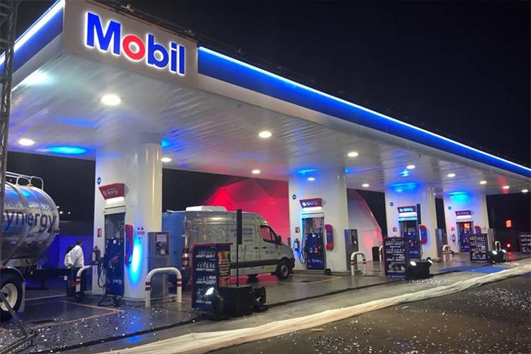 Mobil regala gasolina el 17 y 18 de abrilç