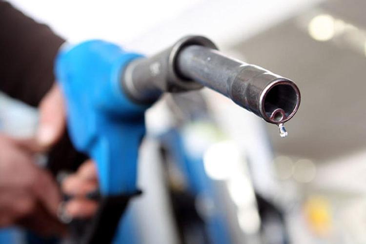 Mobil regala gasolina gratis en Tamaulipas y Puebla