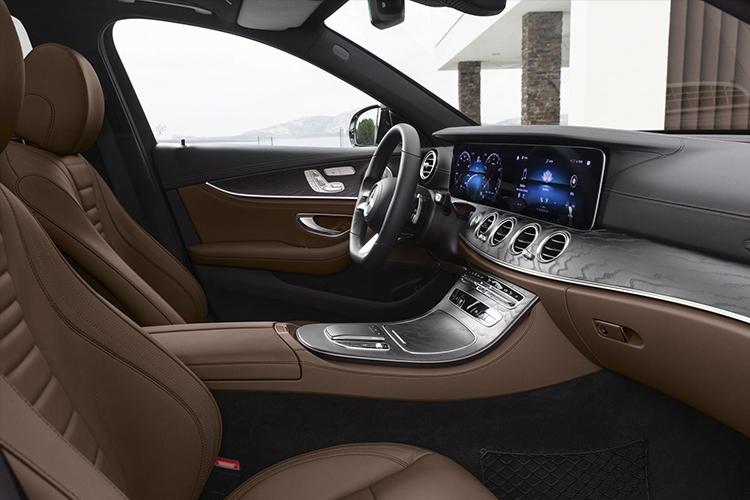 Nuevo volante táctil Mercedes-Benz tecnologia modelos 2020