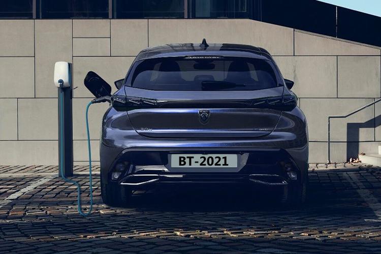 Peugeot 308 2022 tercera generación equipamiento potencia variantes