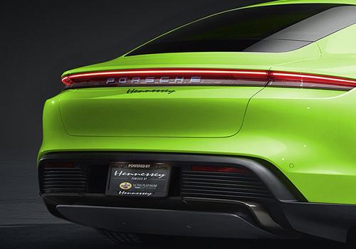 Porsche Taycan color verde