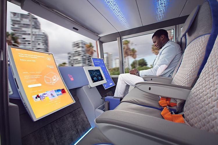pantallas y cambio de luz interior automático