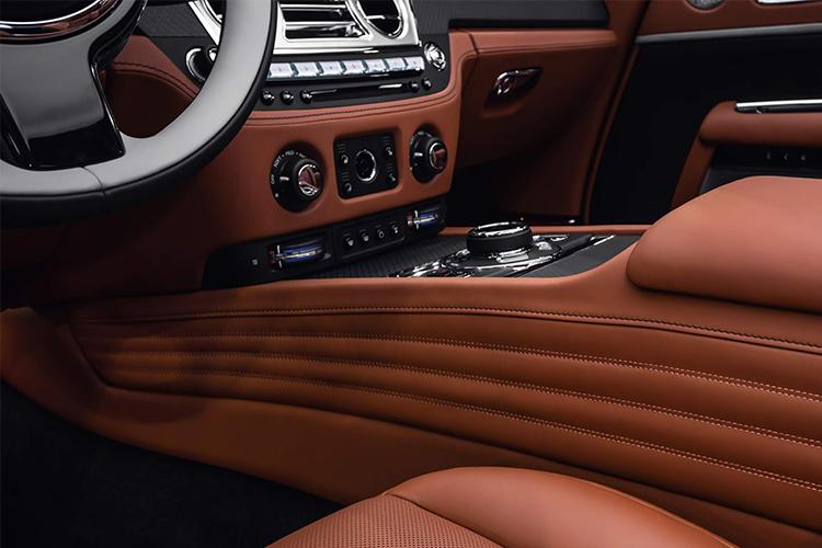 Rolls-Royce Dawn Silver Bullet Edition diseño exclusivo