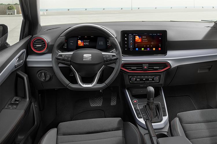 Seat Arona 2022 rediseñado y tecnológico sistema de infoentretenimiento