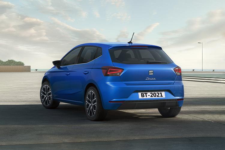 Seat Ibiza 2022 rediseñado innovaciones tecnologia potencia variantes