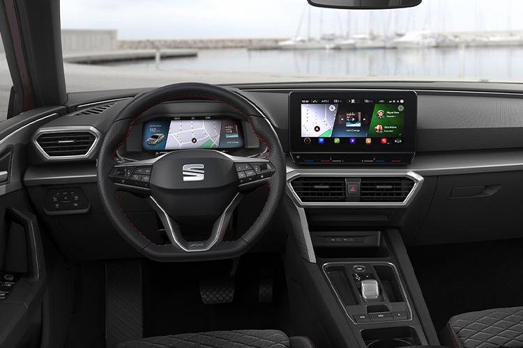 Seat León 2021 hatchback llega a México con 2 versiones sistema de infoentretenimiento diseño rediseñado