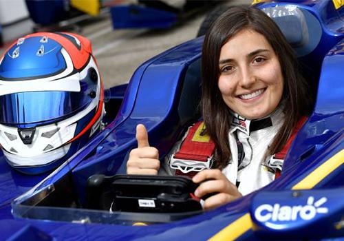 Tatiana Calderón mujeres piloto en la Fórmula 1