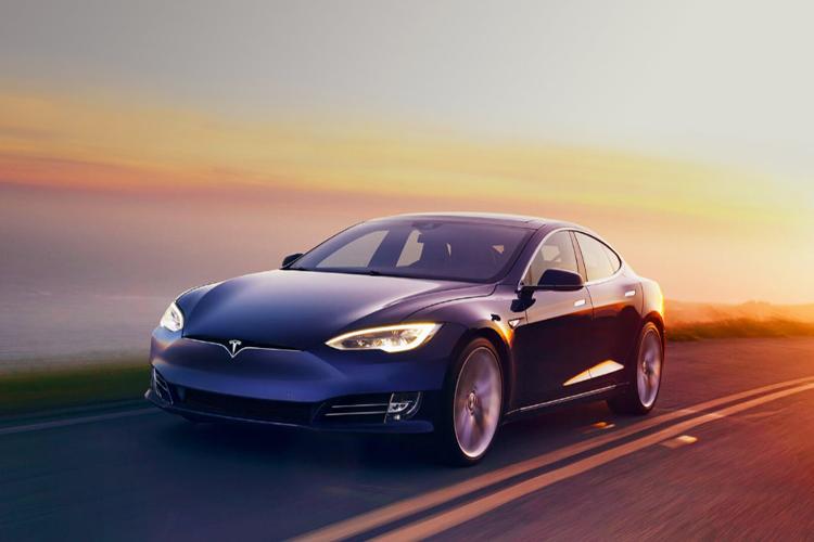 Tesla Model S añade nuevo timón y tecnologías de conducción modelos carrocería