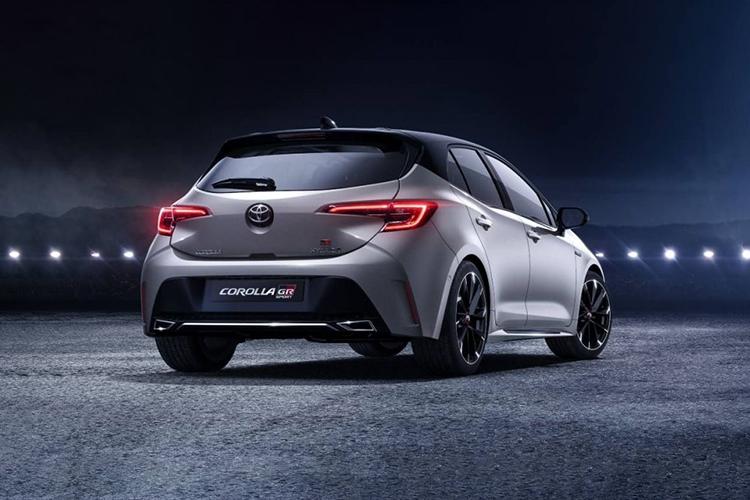 Toyota GR Corolla con potencia de 300 hp diseño innovaciones tecnología