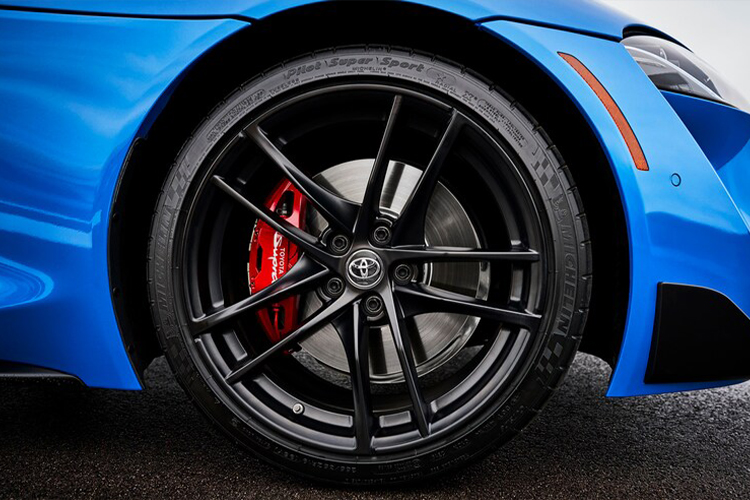 Toyota Supra 2021 hypercar rendimiento