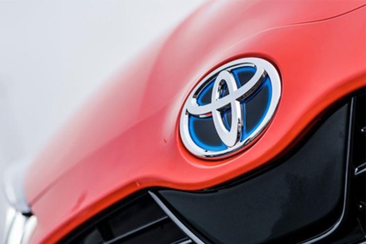 Toyota tendrá dos autos híbridos diseños