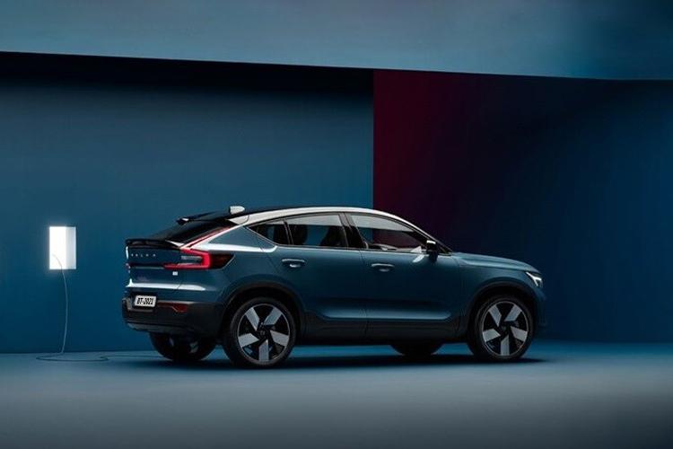 Volvo C40 Recharge totalmente eléctrico modelos diseño