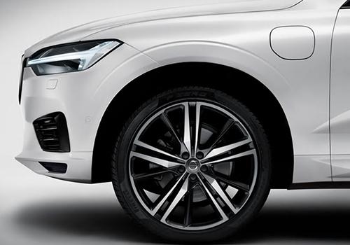 Volvo XC60 llega con variantes híbridas enchufables chasis