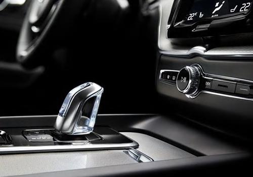 variantes híbridas enchufables motor gasolina o diesel