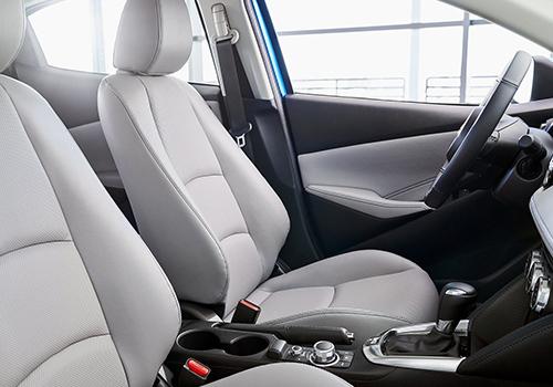 asientos del Toyota Yaris 2020