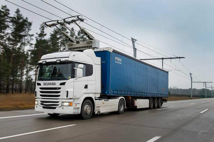 camiones hibridos Scania con pantografo Siemens - apuesta a la ecologia