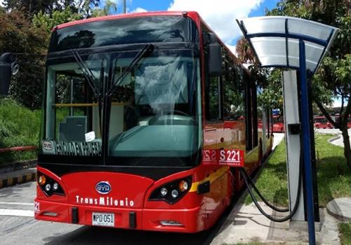 carga rapida de autobus autonomo electrico de VOLVO