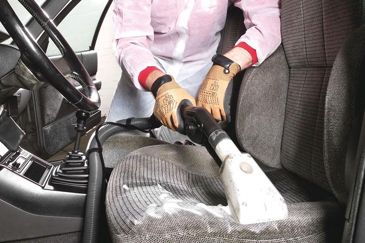 como desinfectar tu auto y eliminar el coronavirus uso de jabón