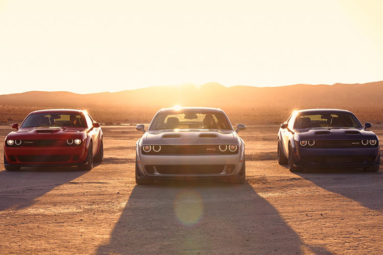 2019 Dodge Challenger Lineup: R/T Scat Pack Widebody, SRT Hellca