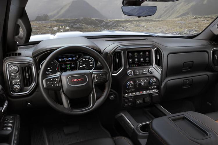 interior del GMC Sierra 2020