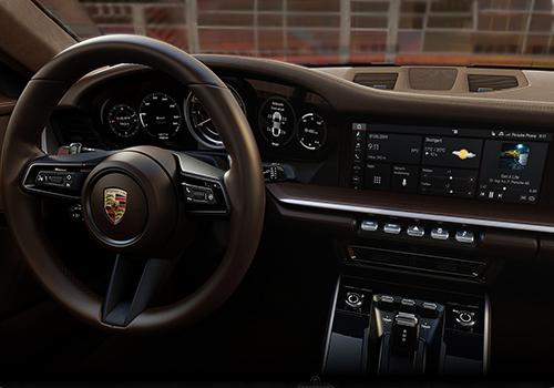 porsch 911 modelo 992 interior inspirado en los años 70
