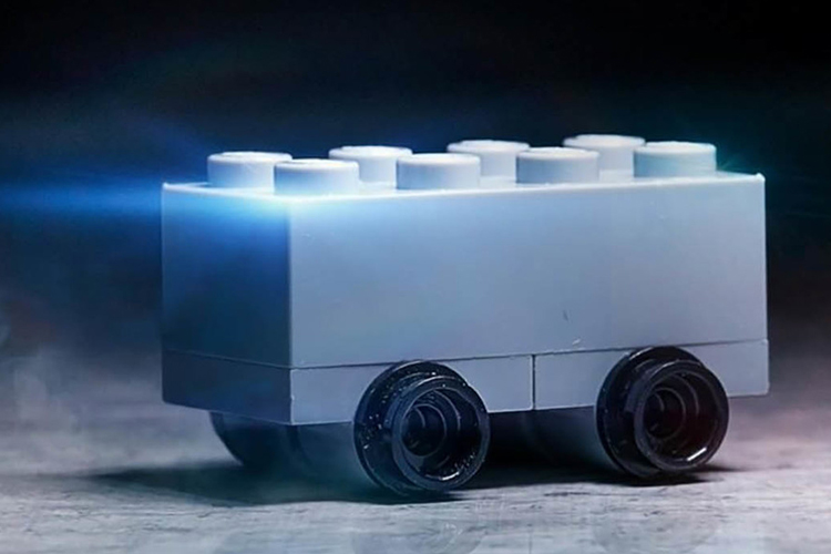lego Cybertruck modelo a escala de pick-up