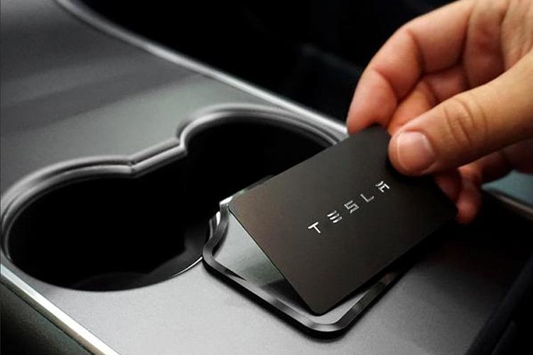 llave inteligente Tesla seguridad abre desde tu smartphone innovaciones tecnología autos modelos