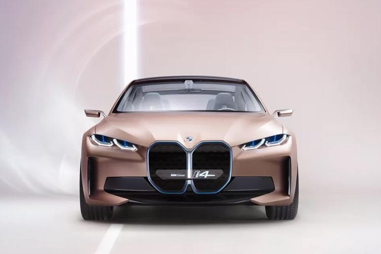 logo de BMW nueva imagen digital y offline
