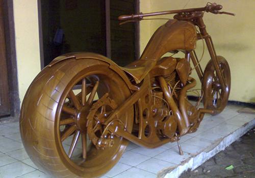 moto construida en madera indonesia detailed craft moto