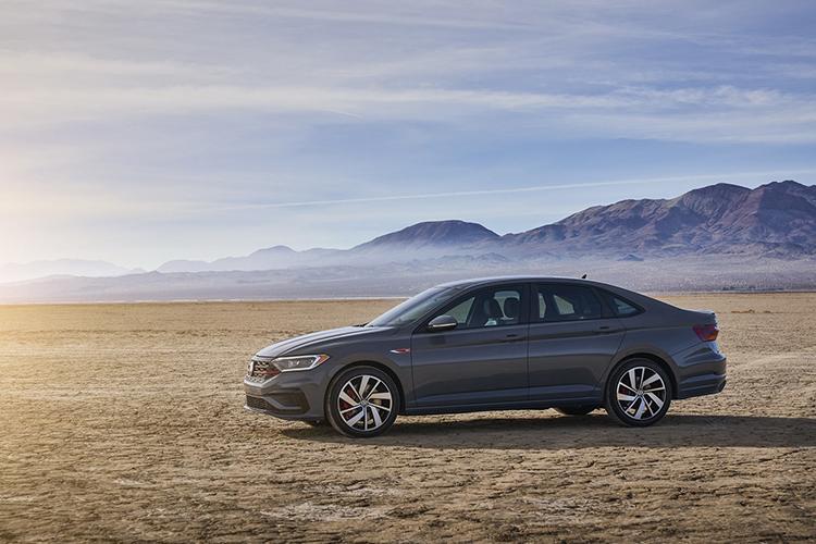 nueva edicion aniversario Volkswagen jetta GLI 2019
