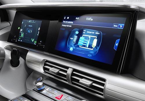 pantallas del SUV Hyundai Nexo