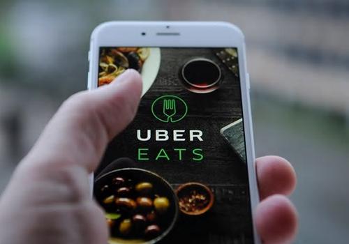 repartidores de comida y conductores de plataformas digitales pagarán impuestos mensuales