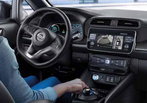 sistema e-pedal en Nissan Leaf, interior