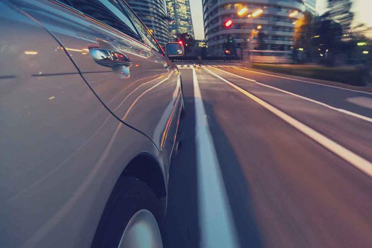 vehiculo circulando, nuevas tarifas en capital londinense
