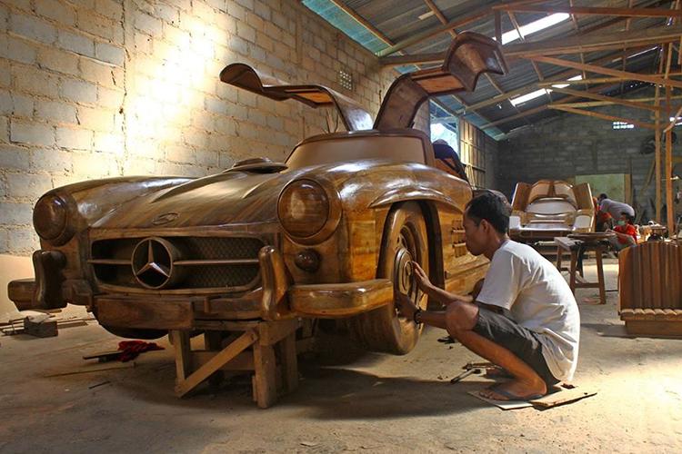 vehiculos construidos en madera indonesia detailed craft